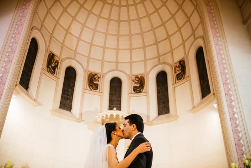 Casamento na Igreja Assunção de Nossa Senhora e Villa Bisutti | Livia e Fer